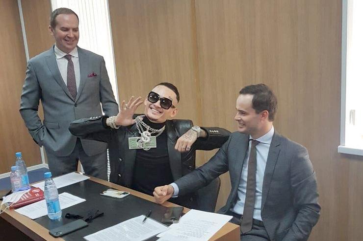 Моргенштерн даже в суде устроил шоу