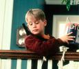 Обвинения в плагиате и трагичные судьбы детей-актеров: что осталось за кадром фильма «Один дома»