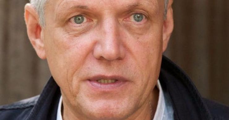 Ведущий «Жди меня» Александр Галибин покидает программу