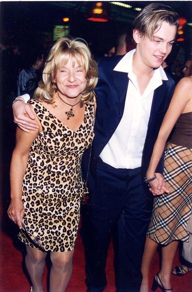 Актер часто выходит с мамой на красные ковровые дорожки