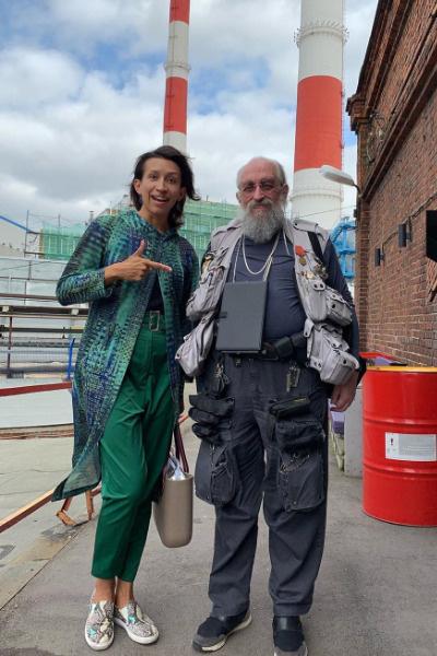 С разгрузочными жилетами Вассерман не расстается более 30-ти лет