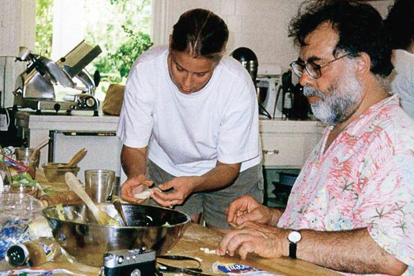 Пирожками по фирменному рецепту Юлия угощала Фрэнсиса Форда Копполу, Лондон, 1997 год