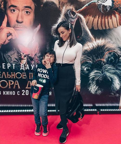 Анфиса Чехова вместе с сыном