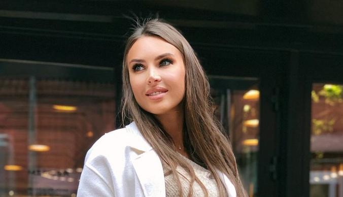Элла Суханова показала квартиру, долю в которой выкупила у бывшего мужа