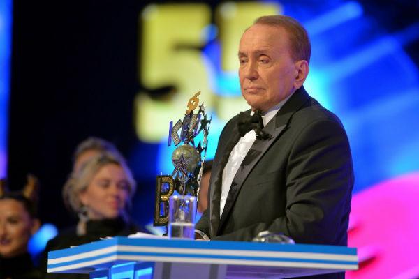 Александр Масляков старается не обращать внимания на критику