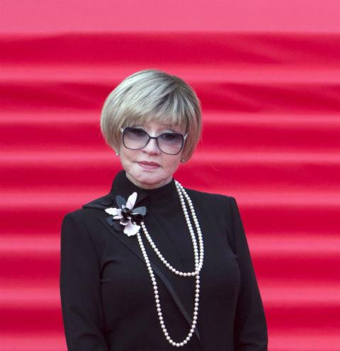Вера Алентова