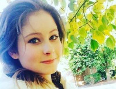 Влюбленная Юлия Липницкая сбежала от опеки мамы