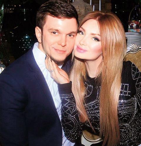 Антон Гусев разводится с Евгенией Феофилактовой из-за Виктории Романец
