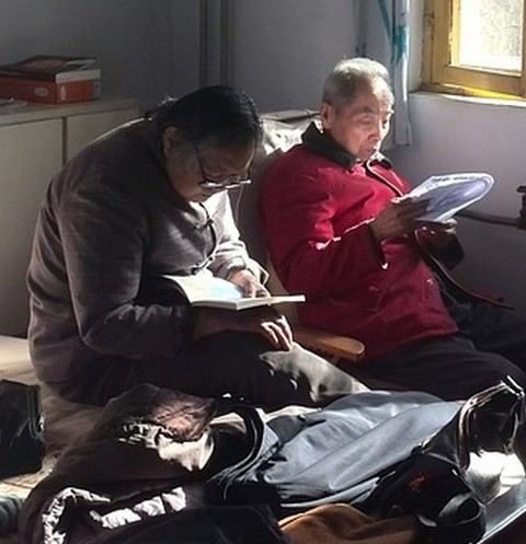 Люди, находящиеся в доме престарелых, не смогли сами выбраться из здания