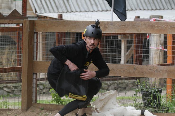 Денис Никифоров должен был сражаться со страусами, но их заменили на гусей