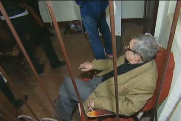 У соседа Марии Макаровой пытаются отобрать квартиру