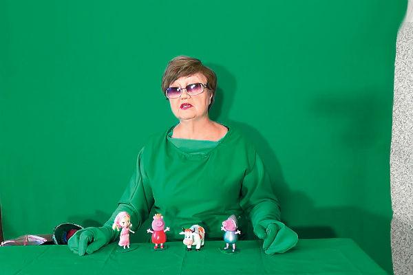 Ролики Татьяна снимает на зеленом фоне - так называемом хромакее