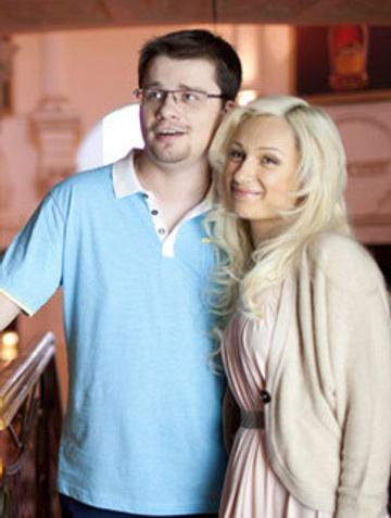 Гарик Харламов с женой Юлией