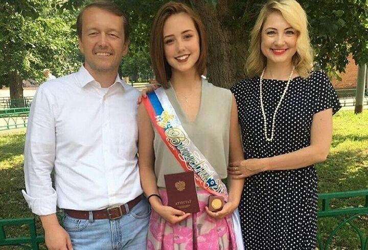 Катя Старшова благодарна родителям за поддержку