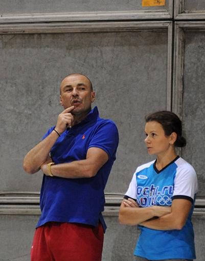 Александр Жулин все-таки участвует в подготовке шоу, хотя сомневался до последней минуты - ведь ему предстоит подготовка к Олимпиаде в Сочи