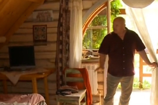 На строительство жилья у Николая Дмитриевича ушло восемь лет