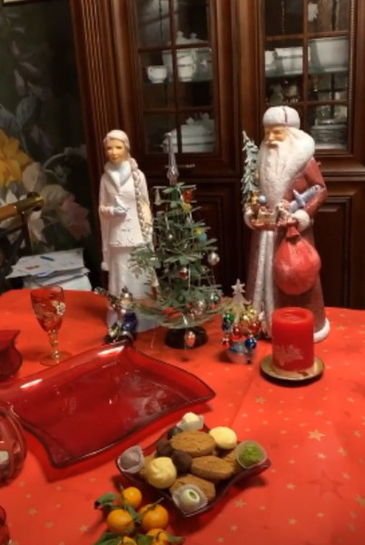 Телеведущая показала праздничный декор жилья