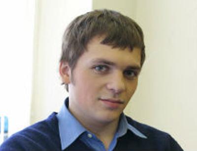 Перенесший инсульт Алексей Янин вернулся в Москву