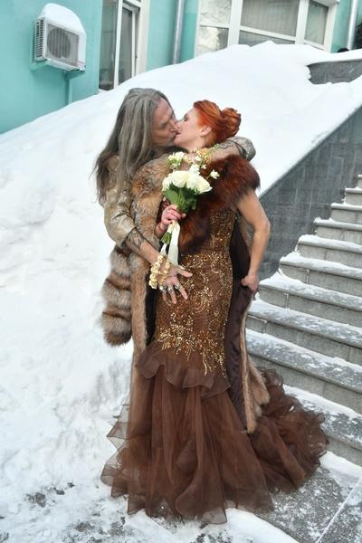 В феврале фигуристка и артист снова поженились