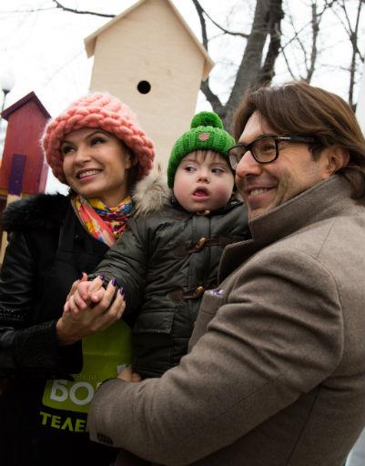 Эвелина Бледанс с сыном Семеном и Андрей Малахов