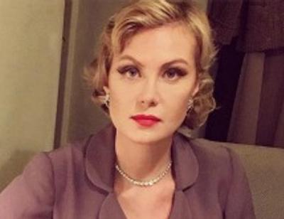 Рената Литвинова продала серьги за 6,5 миллионов рублей