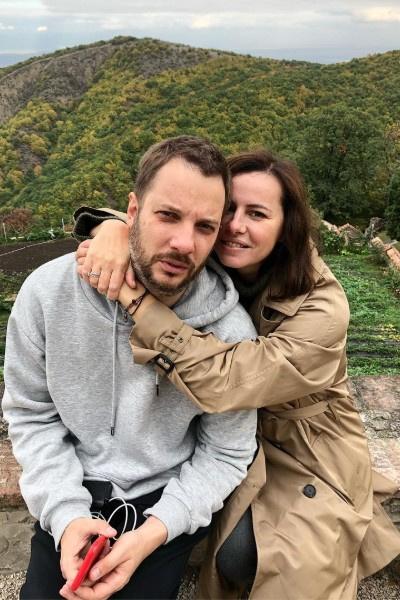 В прошлом году Оксана Лаврентьева вышла замуж за писателя