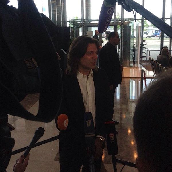 Среди коллег Жанны Фриске, пришедших на церемонию прощания, был и Дмитрий Маликов