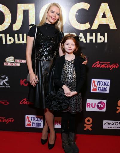 Анна Чурина с дочкой
