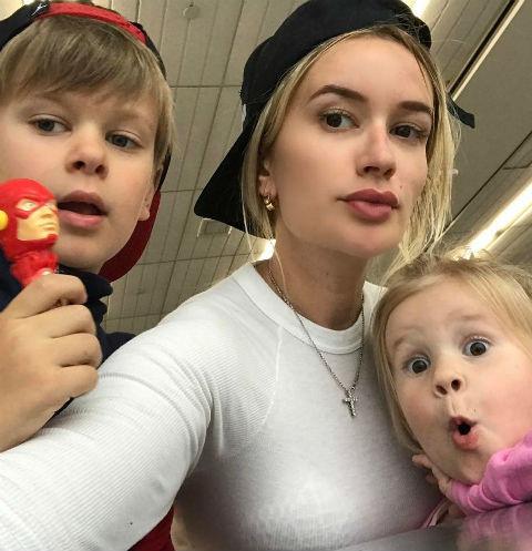 Елена Бушина с детьми