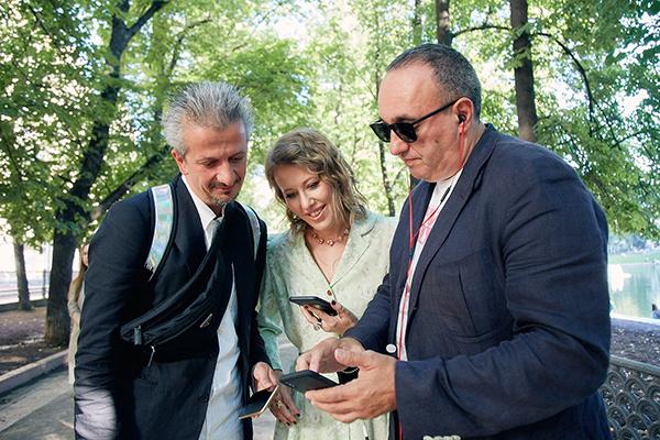 Ксения Собчак и Константин Богомолов посетили постановку «Мастер и Маргарита»