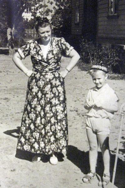 Мама сыграла ключевую роль в жизни Миронова