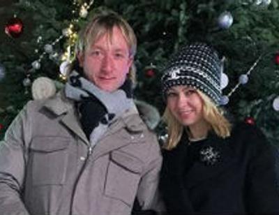 Яна Рудковская провела уикенд со старшими сыновьями