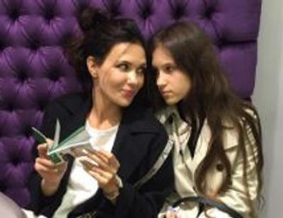 Дочь Екатерины Климовой носит мамины вещи