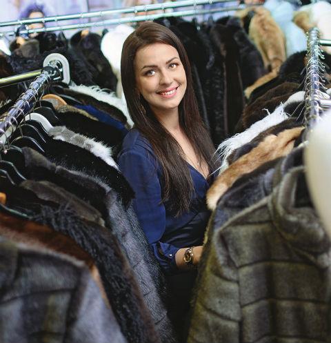 Несмотря на трагедию, Маша вернулась в бизнес. Сейчас ее бренд шуб из искусственного меха один из самых востребованных
