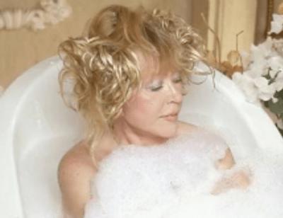 Пользователи Сети восхищены роликом с Аллой Пугачевой в ванной