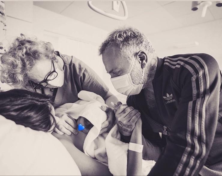 Топ-5 трогательных семейных снимков Джанлуки Вакки и его дочери, родившейся с волчьей пастью