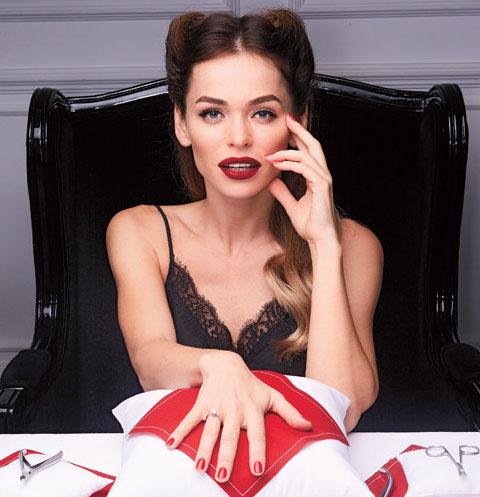 Актриса прославилась благодаря роли Маши Беловой в сериале «Универ»