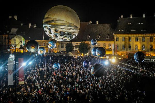 Зрителей ожидает масштабное шоу под открытым небом