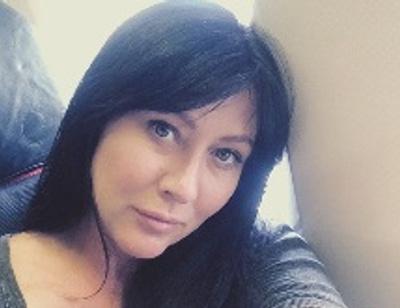 Больная раком актриса «Зачарованных» избавилась от волос