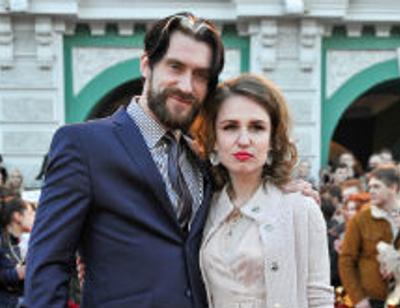 Валерия Гай Германика сыграла свадьбу в столичном баре