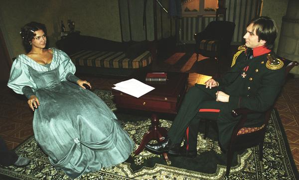 В сериале «Бедная Настя» Екатерина Климова получила роль Натальи Репниной