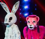 Непристойное желание Розовой пантеры, неожиданный итог шоу – самые яркие моменты «Маски»