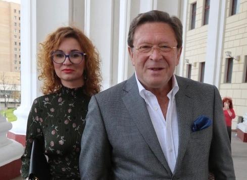 Избранница экс-супруга Татьяны Васильевой наживается на его имени