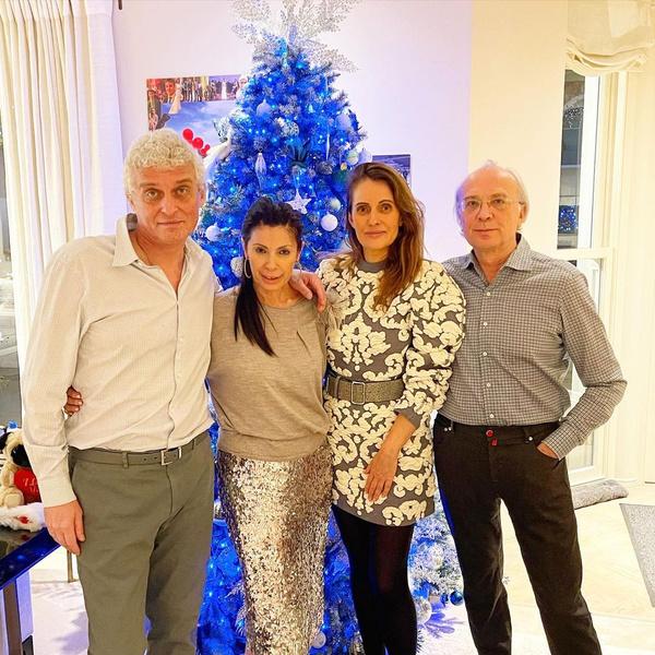 Олег Тиньков поздравил всех с Рождеством