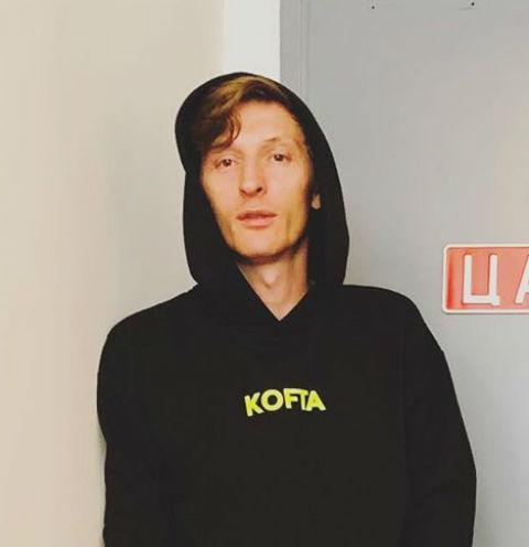 Стендап-комик Денис Чужой: «Мы были на выступлении Павла Воли – это совсем плохо»