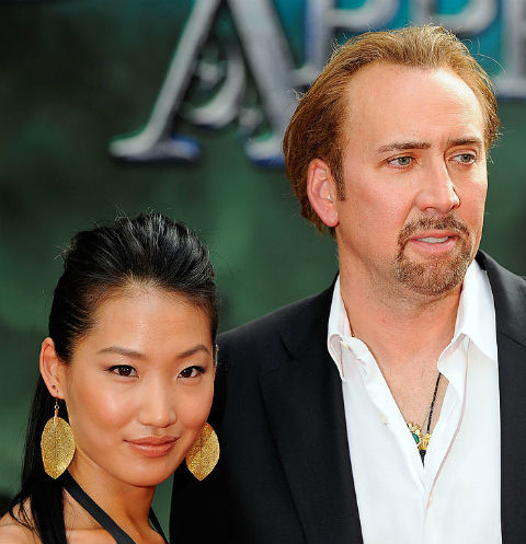 Элис Ким изменила супругу