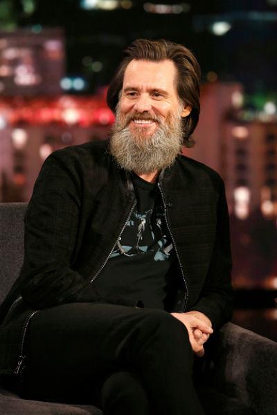 До недавнего времени актер отказывался сбривать бороду