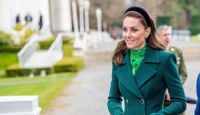 Отказ от кружевных трусиков и гирьки, вшитые в платье: секреты стиля Кейт Миддлтон