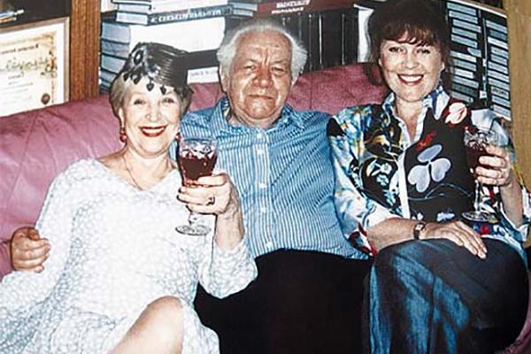 Клара Лучко со вторым мужем Дмитрием Мамлеевым и дочерью Оксаной