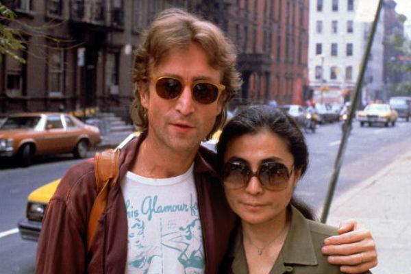 Джон Леннон со своей музой Йоко Оно